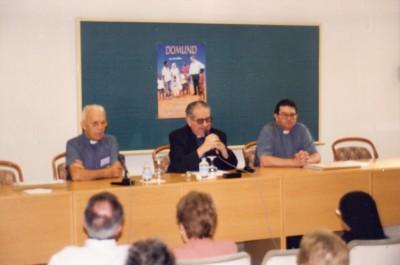 D.Victorio, con los delegados de misiones de Valencia y de Orihuela (Alicante)
