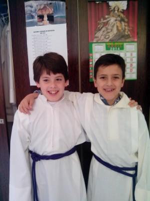 Tras una experiencia en el Seminario de Orihuela Alicante hoy están felices de ser Monaguillos.